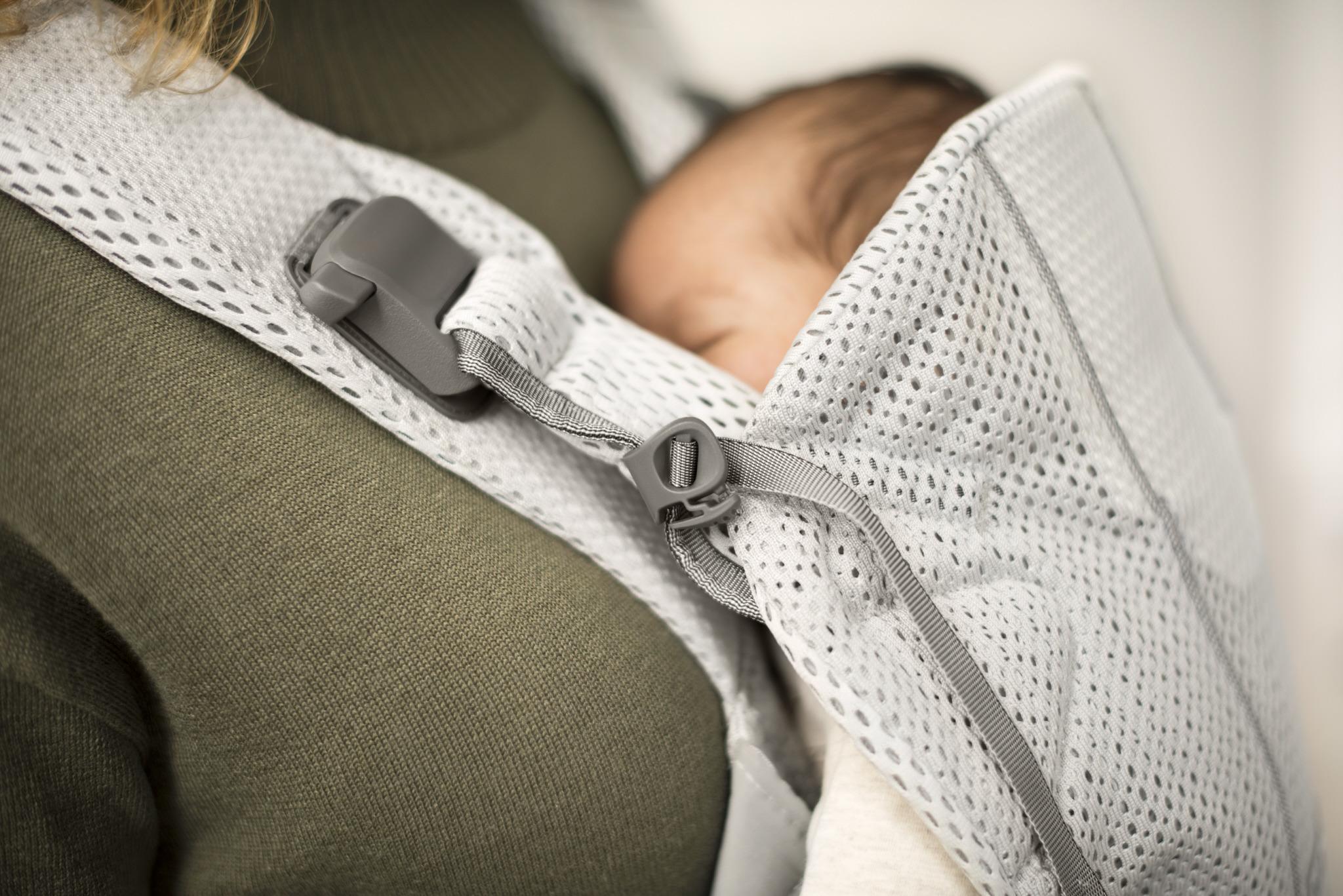 BABYBJORN ONE AIR - nosidełko, Srebrny