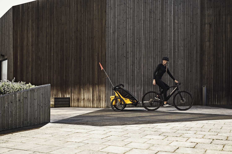 Przyczepka rowerowa dla dziecka - THULE Chariot Sport 2 - Spectra Yellow on Black