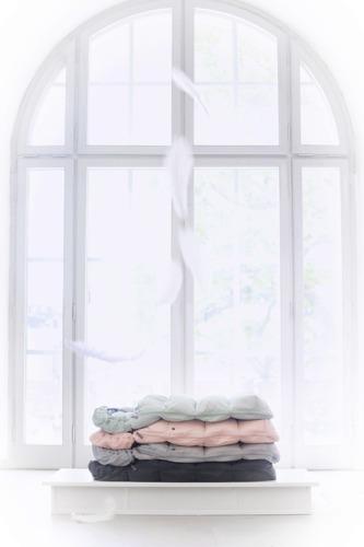 Elodie Details - Puchowy śpiworek do wózka, różowy